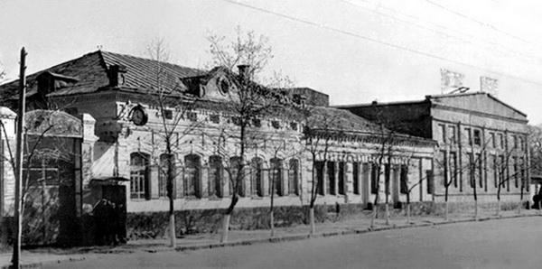 Станки слесарно-механических мастерских в г. Кировограде 1930г